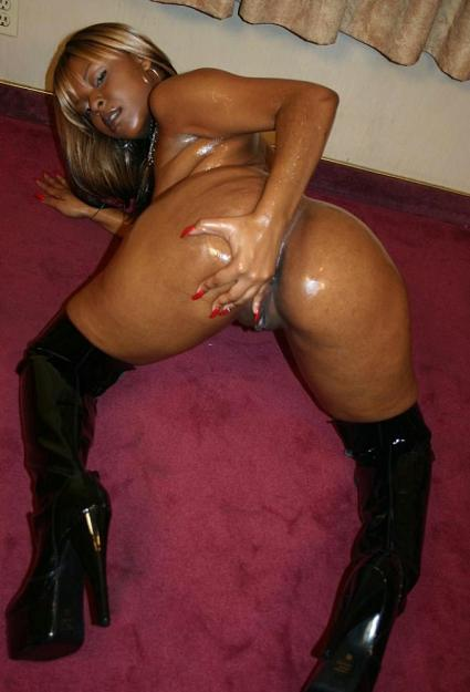 naked black girls 10 Sweet Black Babe Oiled Up And Ready For Cock